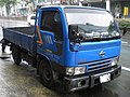 TW Nissan Cabstar Turbo 320 right-head 20130330.jpg