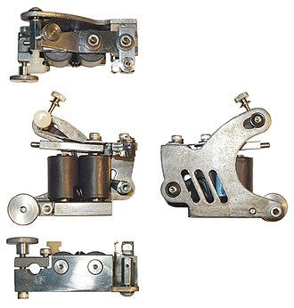 Process of tattooing - Traditional two coil tattoo machine
