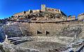 Teatro romano y castillo de Medellín.jpg