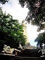 Tháp chứa xá lợi Phật.jpg