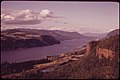 The Columbia River Gorge 05-1973 (4271562603).jpg
