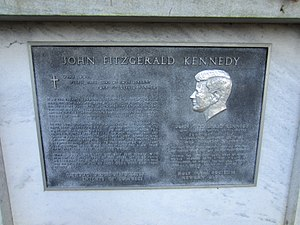 John Fitzgerald Kennedy Memorial (Portland, Oregon) - The memorial's plaque