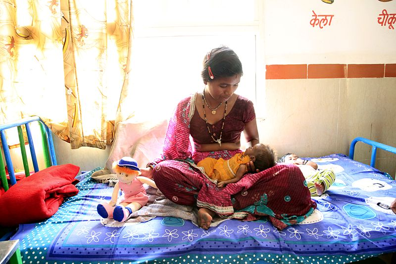 File:The importance of breastfeeding from birth (8816843284).jpg