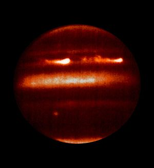 Atmosphere of Jupiter - Thermal image of Jupiter obtained by NASA Infrared Telescope Facility