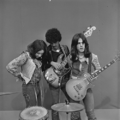 Thin Lizzy - TopPop 1974 2.png