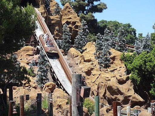 Timber Mountain Log Ride