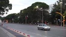 File:Tirana traffic lights.webm