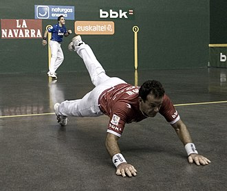 Augusto Ibáñez Sacristán - Titín III falling to the floor after hitting the ball on a professional game.
