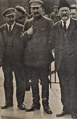 Mikhail Tomsky - Celebration of May 1 in Moscow 1926. From left: Mikhail Tomsky, Joseph Stalin and Mikhail Kalinin