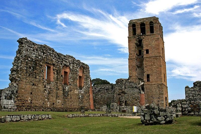 800px-torre_de_la_catedral_en_panamc3a1_la_vieja