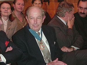 Roman Totenberg - In 2000, he was awarded the Order of Merit of the Republic of Poland.