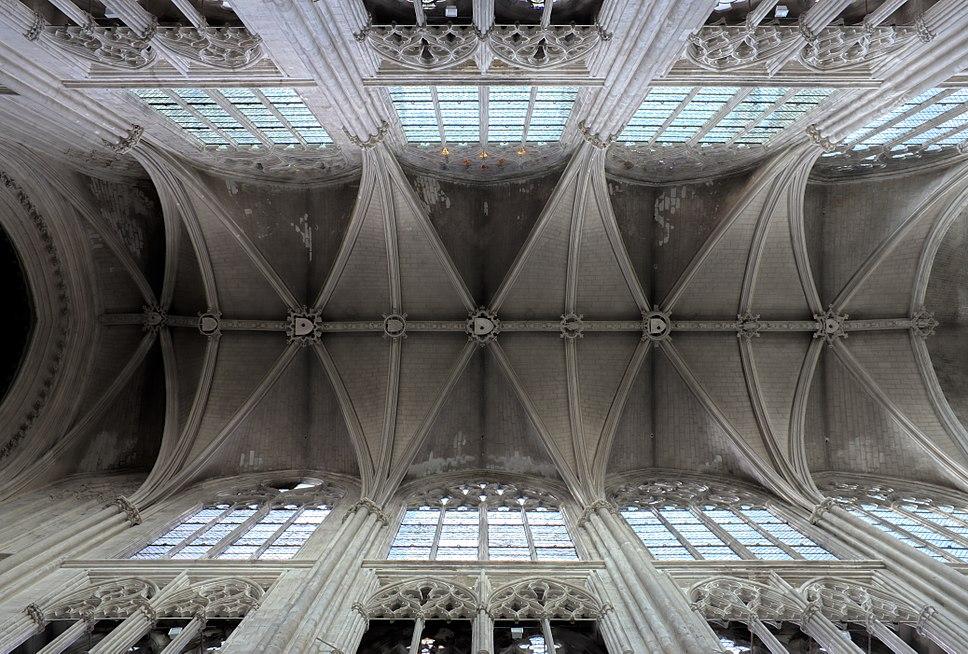 Tours - Cathédrale Saint-Gatien - voûtes de la nef