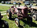 Tracteur Massey-Harris Saint-Cybranet.jpg