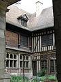 Troyes (10) Hôtel de Mauroy 03.JPG