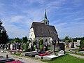 Tulbinger Pfarrkirche mit Friedhof.jpg
