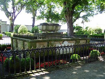 Tumba de Sir John Moore en el Jardín de San Carlos