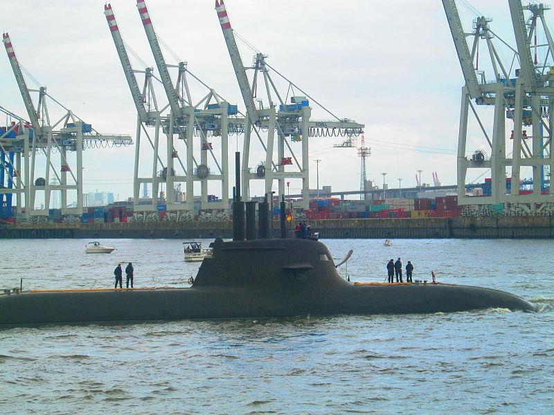 File:U-Boot S184 U34 (Submarine, 2007).jpg
