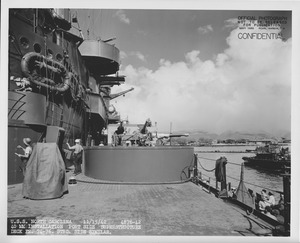 USS North Carolina 40mm guns NARA 19LCM-BB55-4876-42.tif