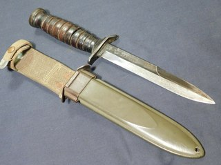 M3 fighting knife Type of Fighting knife