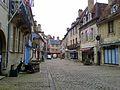 Une rue de Semur-en-Auxois - panoramio.jpg