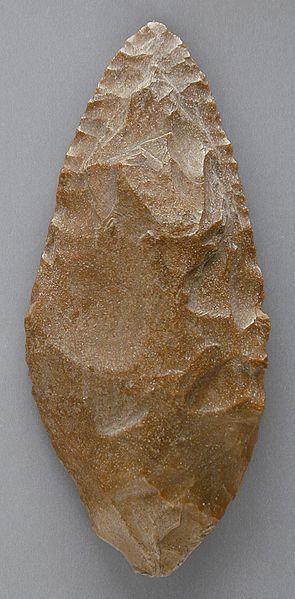 File:Uni-facial Stone Tool LACMA M.80.202.244.jpg