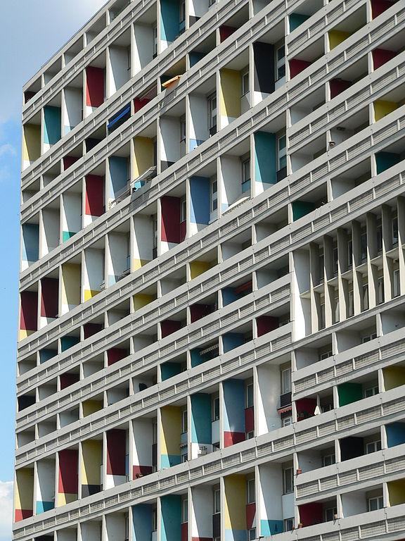 file unit d 39 habitation typ berlin corbusier haus westfassade wikimedia commons. Black Bedroom Furniture Sets. Home Design Ideas
