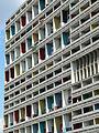 Unité d'Habitation Typ Berlin & Corbusier-Haus, Westfassade, Detail.jpg