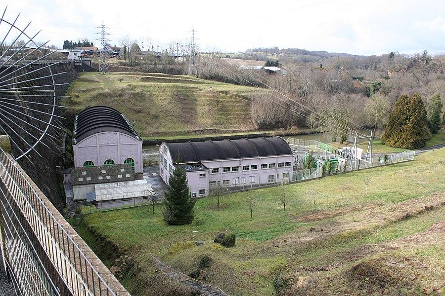 Barrage de vézins, manche, France. salle des machine et transformateurs