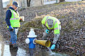 Va. Guard personnel assist W.Va. water collection operations 140119-Z-BN267-002.jpg