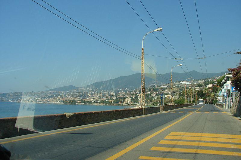 File:Via Giuseppe Mazzini - panoramio.jpg