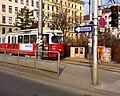 Vienna Urban Loritz Platz tram turnaround (5482582602).jpg