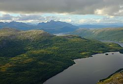 View from Kråkmo Mountain against Veggfjellan.jpg