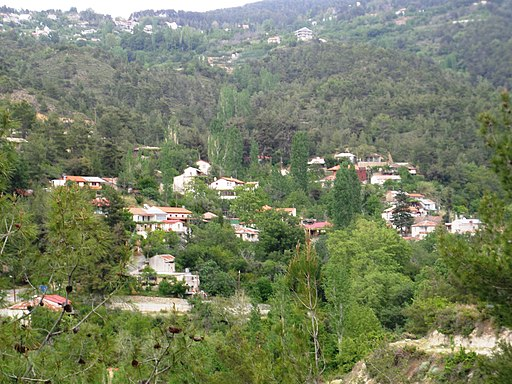 View of Palaiomylos 04