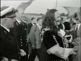Bestand:Vlootschouw van de Koninklijke Marine-516908.ogv