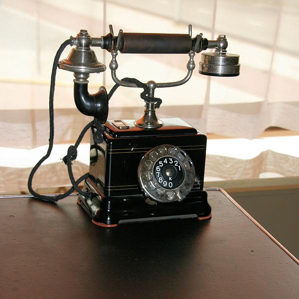 File:WLANL - Quistnix! - NAI Huis Sonneveld - Telefoon Ericsson PTT NORM 51.jpg