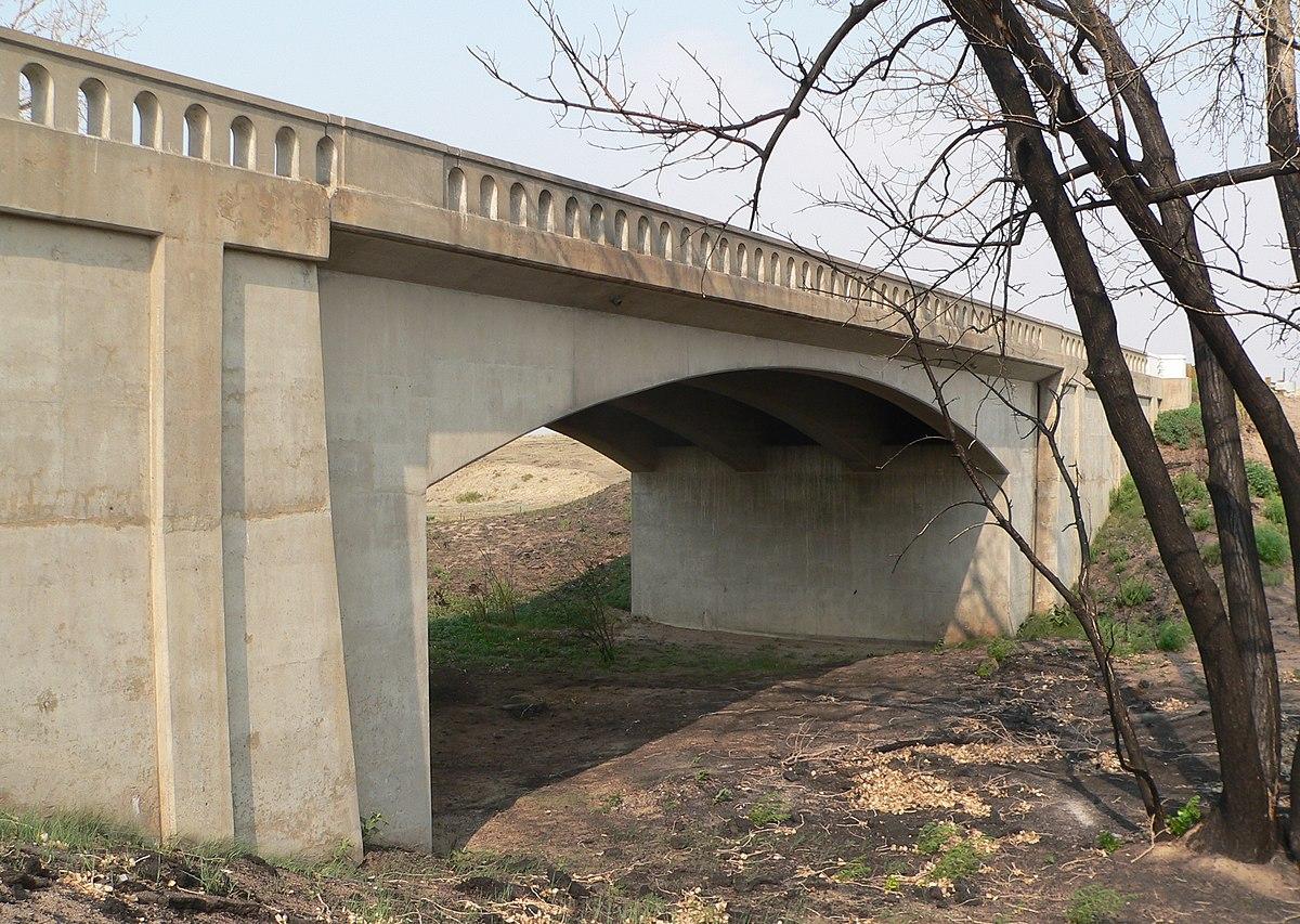 West Plum Bush Creek Bridge