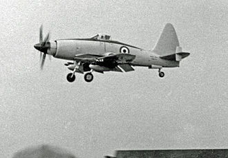 Westland Wyvern - Wyvern TF.2 being demonstrated at the Farnborough Air Show in 1953 by a Westland pilot