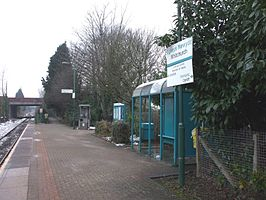 Whitchurch (Cardiff) railway station looking west in 2009.jpg