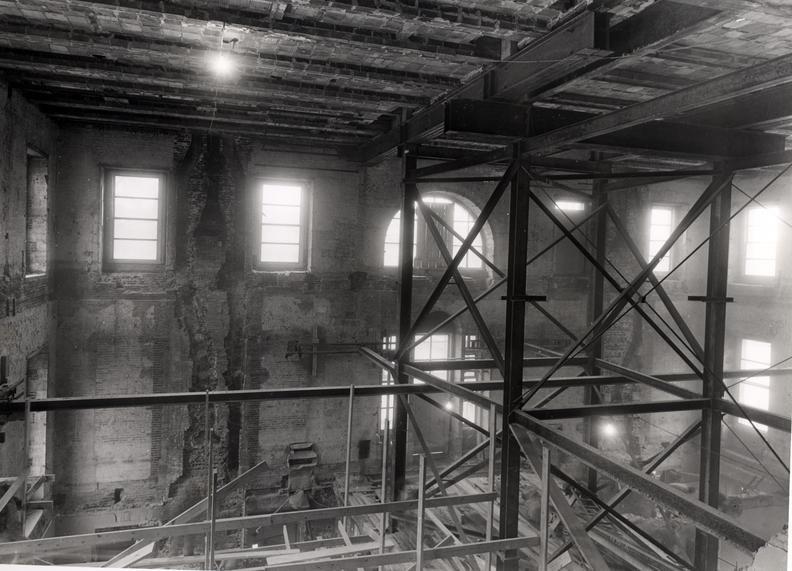 White-house-1950-interior-shell