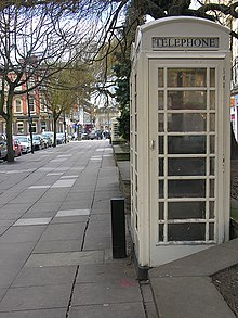 A Kingston Communications K6 telephone box in Hull, without the Royal Crown of its national counterparts