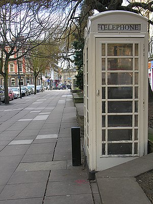 Telephone booth - A Hull K6 telephone box