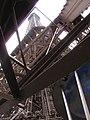 Wieża Eiffela od środka - panoramio.jpg