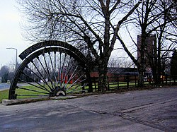 Winding wheel from Yorkshire Main Colliery 1911 to 1985 - geograph.org.uk - 637011.jpg