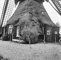 """Wipwatermolen """"De Tiendwegmolen"""" van de polder Giessen Oude Benedenkerk, exterieur, ramen en deuren in de ondertoren - Hardinxveld-Giessendam - 20101374 - RCE.jpg"""