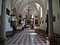 Wnętrze kościoła w Piotrawinie.jpg