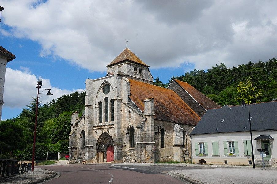 Wonderful church at 24 Route nationale, 89580 Gy-l'Évêque,  France