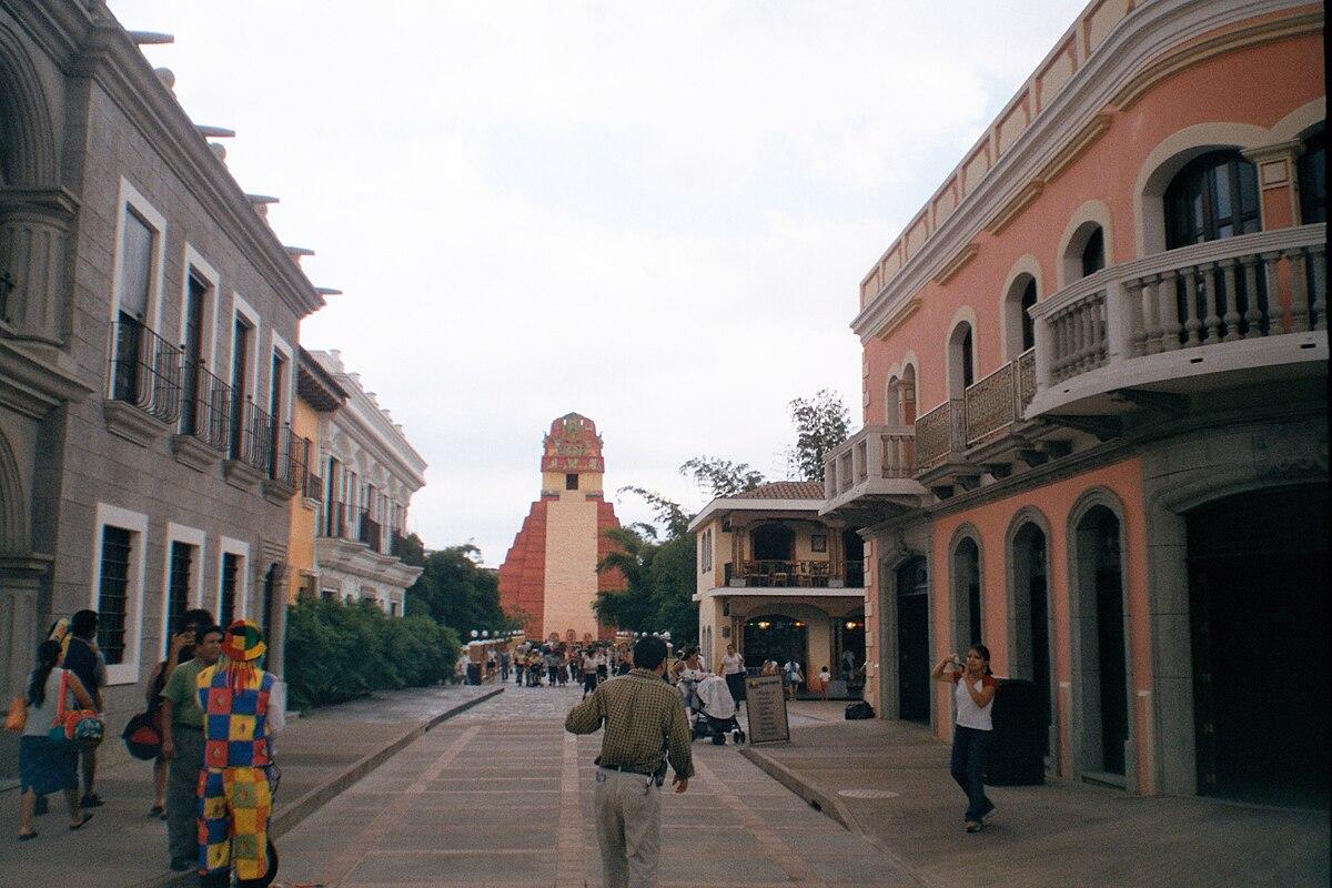 Hotels Near Xetulul Theme Park