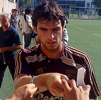 Yoann Gourcuff 2010 (modified).jpg