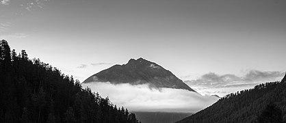 Zicht op de Piz S-chalambert vanuit Val Sinestra (d.j.b) 05.jpg