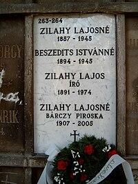Zilahy Lajos sírja.jpg